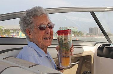 Больная раком бабушка променяла лечение на кругосветное путешествие