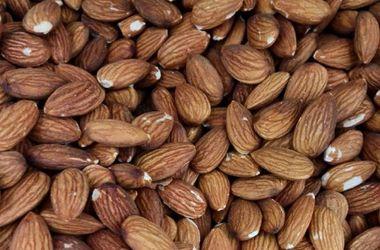 Ученые назвали орех, который поможет похудеть