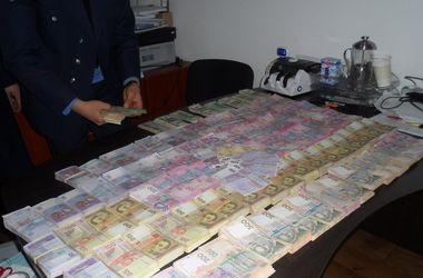 Под Киевом из теневого оборота изъяли 3 миллиона гривен наличными