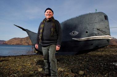 """Отчаянный путешественник решил переплыть Атлантику на собственном """"ките"""""""