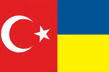 Украина и Турция в этом году должны вступить в ЗСТ - Яценюк