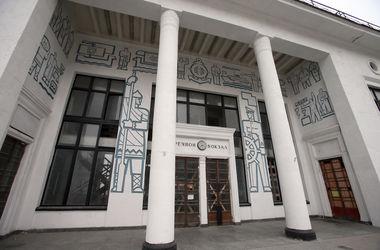 В конце лета в здании речного вокзала в Киеве откроют ресторанную галерею