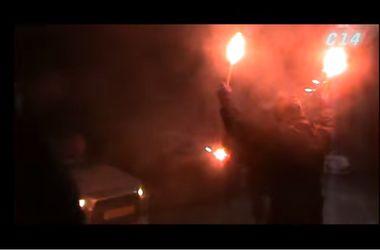 В Киеве неизвестные напали на посольство России