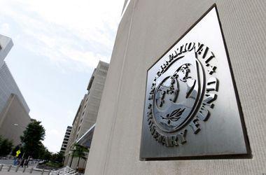 МВФ требует работающую коалицию в обмен на деньги