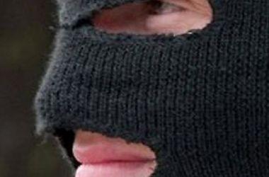В Харькове избили и ограбили семью прокурора