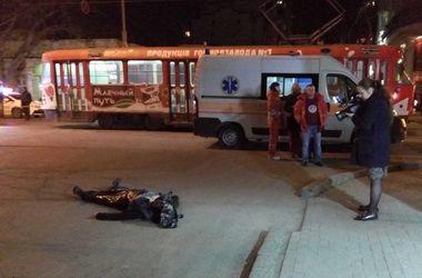 Страшные кадры с места убийства инкассаторов в Одессе (18+)