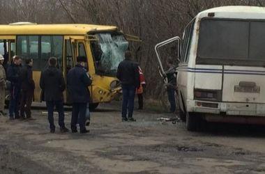 Столкновение автобусов во Львовской области: число пострадавших возросло