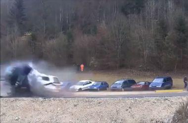 Видеохит: краш-тест на скорости 200 км/ч