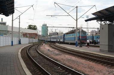 Ужасы киевского вокзала: наркоманы в залах воруют детей, а бездомные устраивают пьянки
