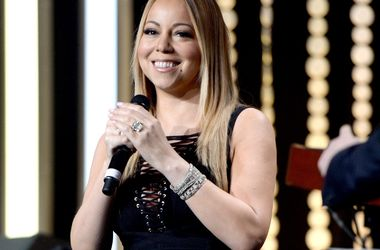 Singer Mariah Carey refuses to help a dying sister
