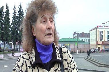 Скандал в Дубно: водитель маршрутки отобрал у льготницы удостоверение