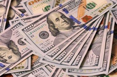 В Украине взлетает курс доллара