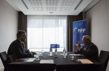 Президент ЕНП призвал страны ЕС поддержать предоставление Украине безвизового режима
