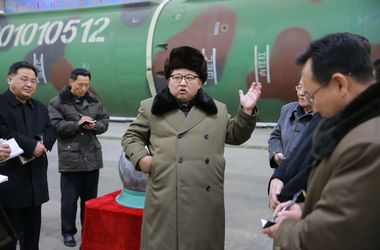 Вторая запущенная КНДР ракета взорвалась в воздухе