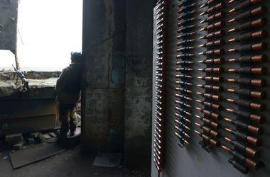 Ночью боевики активно обстреливали Донецкое направление – военные