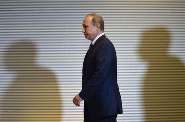 """Почему падает рейтинг Путина, и как это может """"аукнуться"""" Украине: мнения экспертов"""
