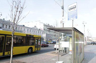 Работу автобуса на левом берегу Киева продлили в ночные часы