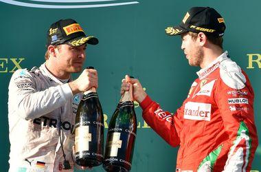 На подиуме Формулы-1 больше не будут разбрызгивать шампанское