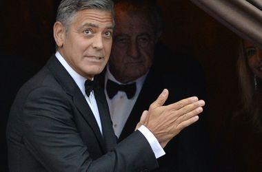 Джордж Клуни собирается разрушить карьеру Брэда Питта своим сюрпризом