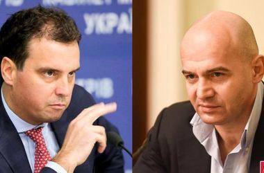 Кононенко и Абромавичус прошли перекрестный допрос в НАБУ