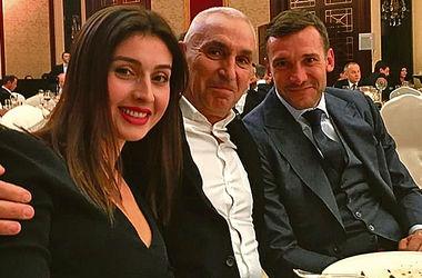 День рождения Кличко: вход по тысяче, Шева за столом с Бубкой и косуха Шварценеггера за $300 тысяч