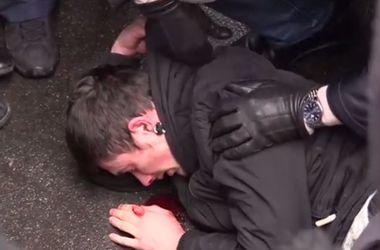 Появилось видео массовой драки активистов в Харькове