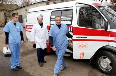 Под Киевом пожарные спасли женщину в коме