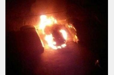 В Харькове снова сожгли автомобиль