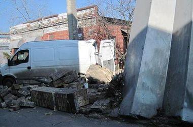 В Киеве мужчину убила кирпичная стена