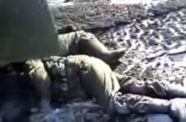 Боевиков гонят на убой: 11 тел и подбитый БРДМ (18+)