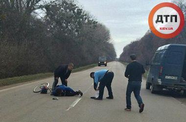 Под Киевом женщина на велосипеде попала под самосвал
