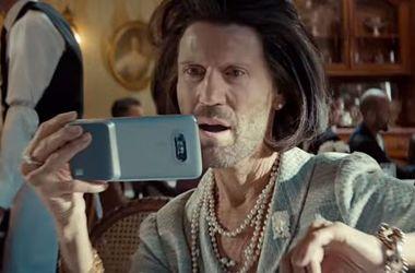 Стэтхэм взорвал сеть забавным рекламным роликом (видео)