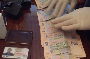 В Харькове задержали на взятке следователя полиции