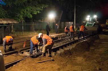 В Киеве на несколько дней ограничат движение скоростных трамваев на Борщаговку