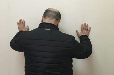 В Киеве СБУ задержала гражданина Азербайджана, разыскиваемого Интерполом