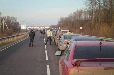 Сотни авто застряли на границе Украины и Польши