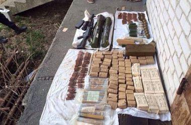 Житель Киевской области хранил в доме арсенал оружия