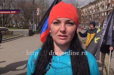 Бег по-русски: в сети появилось новое безумное видео из Донецка