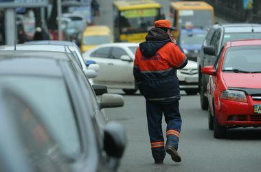 Вопрос чиновнику: как бороться с парковкой на тротуарах