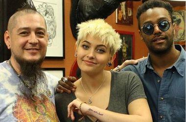 Дочь Майкла Джексона сделала трогательную татуировку в память об отце