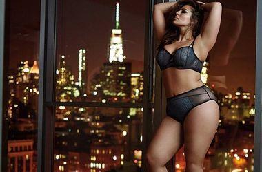 Пышная топ-модель Эшли Грэхем показала свои прелести