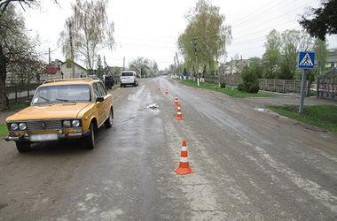 На Буковине под колесами авто погиб 5-летний мальчик