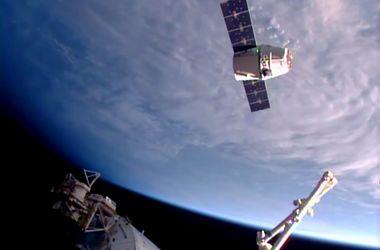 Мир отмечает День космонавтики: история праздника и лучшие фото из космоса