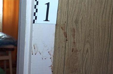 Подробности жуткого убийства на Оболони: тело два дня лежало под кроватью убийцы