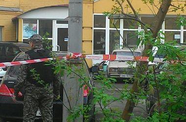 В Киеве неизвестные заминировали машину