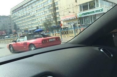 В Украине замечен кабриолет Ferrari Mondial