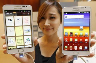 "Samsung представила ""смартфон-гигант"""