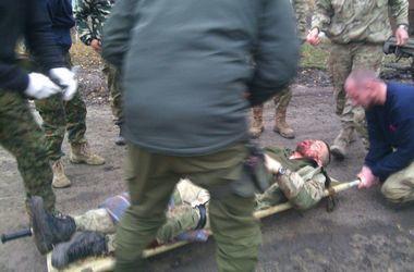 В Днепропетровск из Донбасса вертолетами доставили раненых солдат