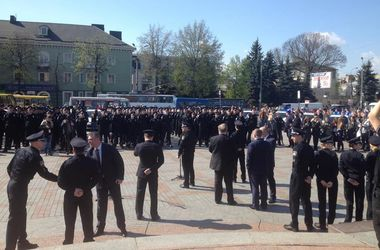 Новая патрульная полиция Ровно: 26 девушек и вернувшиеся из Донбасса бойцы
