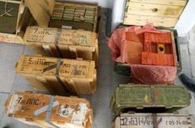 СБУ обнаружили крупный тайник боеприпасов на Луганщине